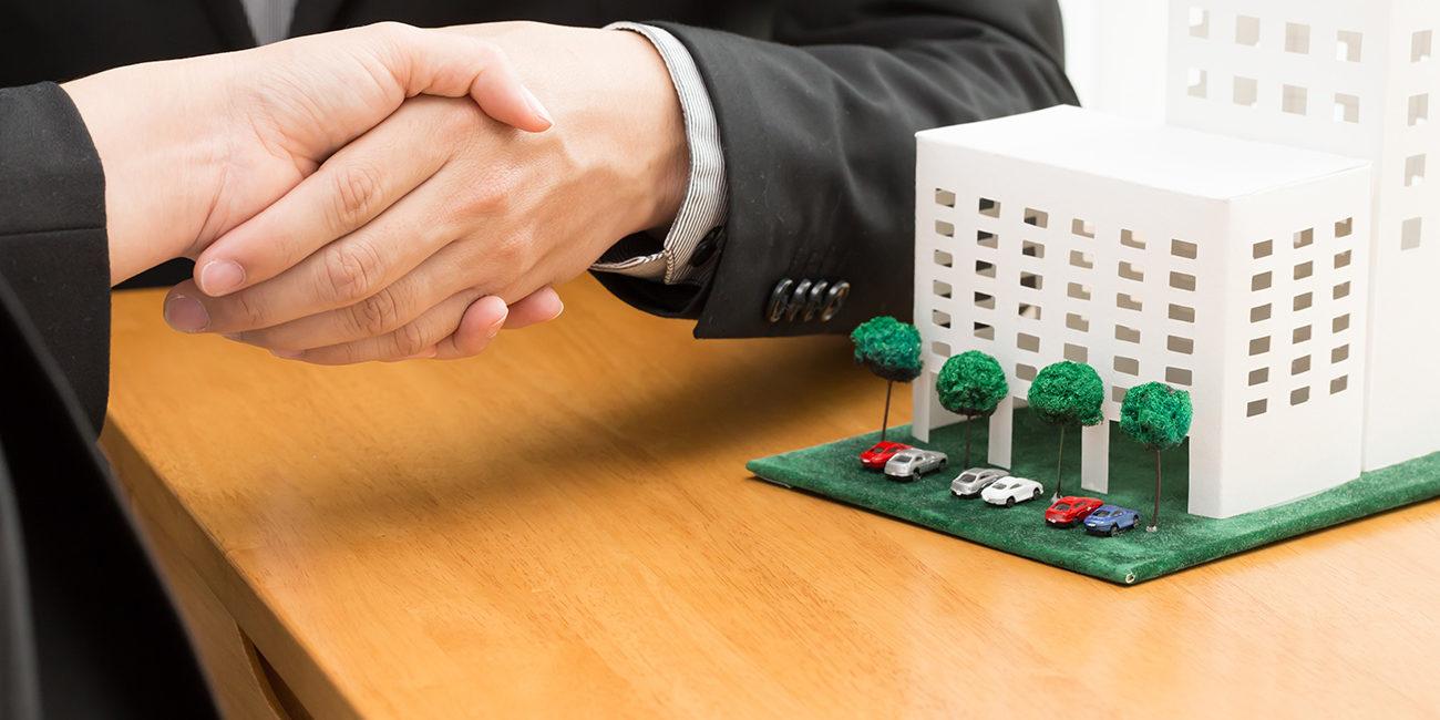 Quais são os principais cargos e funções de um condomínio?